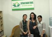 Voyageurs chez agence de voyage Vietnam Dragon Travel (14)