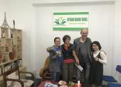 Voyageurs chez agence locale Vietnam Dragon Travel  (22)