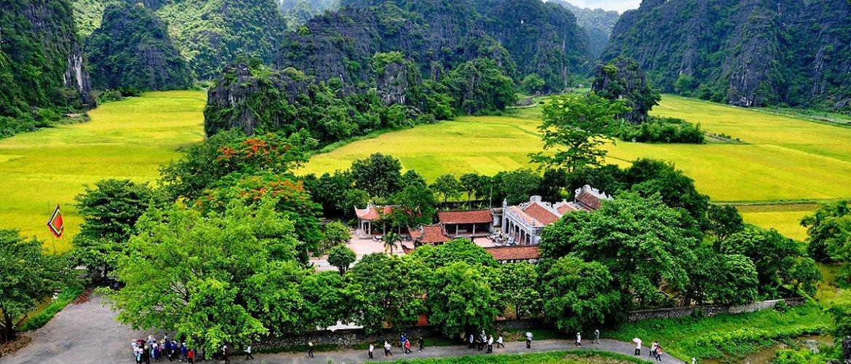 Baie d'Halong terrestre Tam Coc Trang An Agence de voyage locale au Vietnam