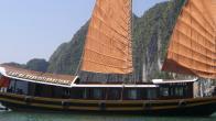 Croisiere en baie Halong sur jonque CatBa Imperial 4 cabines 2 jours 1 nuit