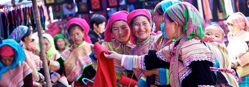 Visite Sapa Marché de Bac Ha  Lao Cai 2 jours