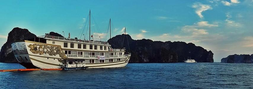 Jonque Indochina Sails Halong