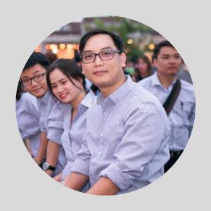 M. Hien Responsable Informatique d'agence de voyage vietnam