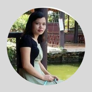 Mme Xuan Conseillère en voyage d'agence locale vietnam