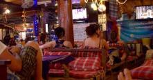 Découverte de la vie nocturne animée au Laos