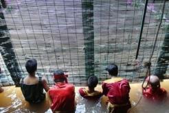 Découverte le spectable marionnettes aquatiques voyage au Vietnam