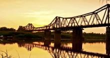 Le pont Long Bien - témoigne historique de Hanoi