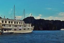 Jonque Indochina Sails Halong